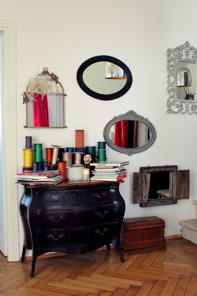 Parlor, fashion designer, showroom, mirrors, cage, frame, home design