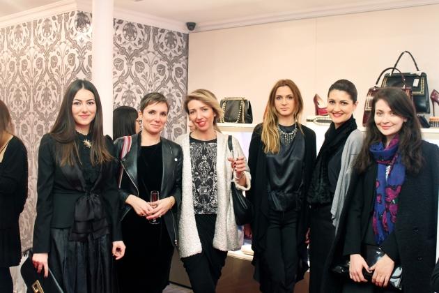 de la stânga: Ioana Voicu, Liana Vasilescu (ELLE Deco), Miruna Micșan (andreearaicu.ro), Alexandra Toie (Beau Monde), Alexandra Caspruf (The ONE), Oana Vasilache (Glamour)