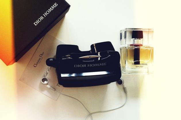 Robert Pattinson este noua imagine a parfumului DIOR Homme www.mauvert.com