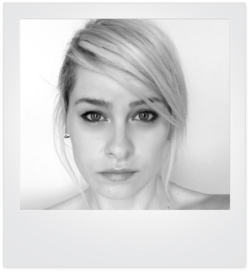 Oameni la moda, Ioana Ciolacu, www.mauvert.com