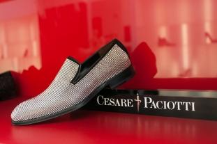 Cesare Paciotti, www.mauvert.com
